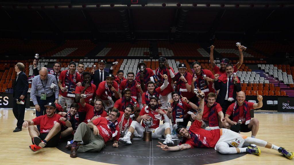 El Baskonia, campeón de la Liga Endesa tras ganar al Barça de Mirotic