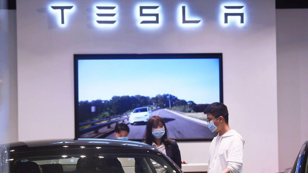 Tesla desbanca a Toyota como el fabricante automovilístico con mayor valor en Bolsa