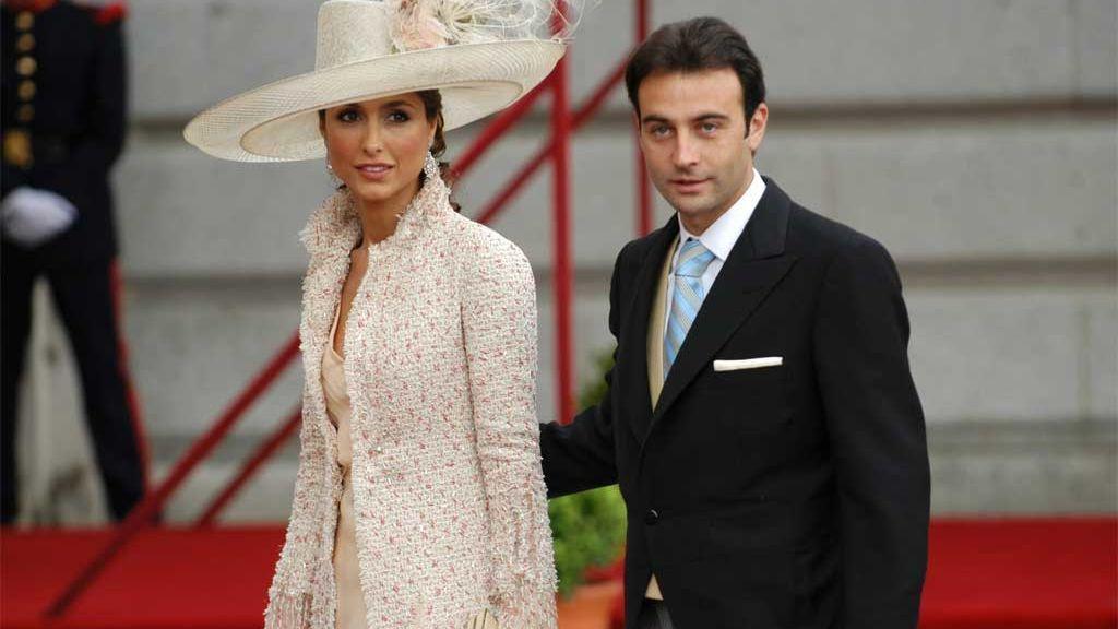 Paloma Cuevas y Enrique Ponce, en la boda de Felipe y Letizia (2004)