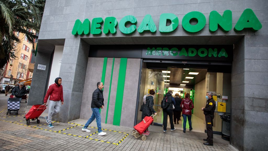 Mercadona instala en sus tiendas un sistema de detección de personas con orden de alejamiento