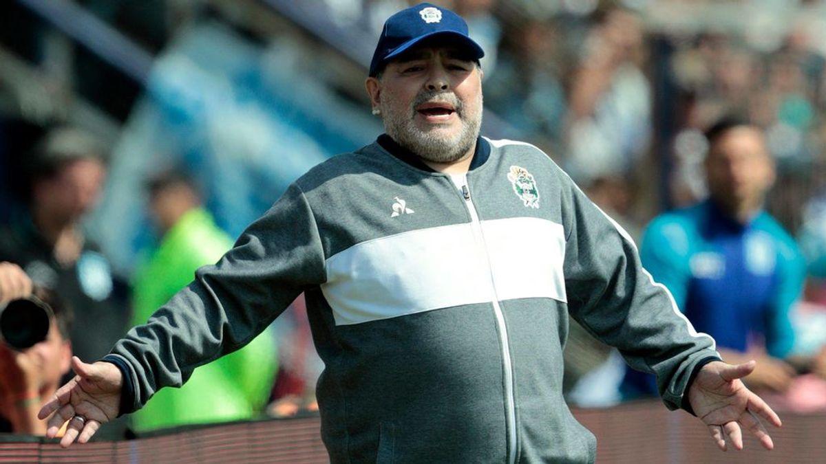 """Maradona, candidato a entrenar a la Selección Española durante los próximos dos años: """"Ya hay un acuerdo verbal"""""""