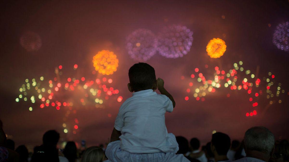 Los fuegos artificiales liberan metales tóxicos al aire que dañan las células humanas