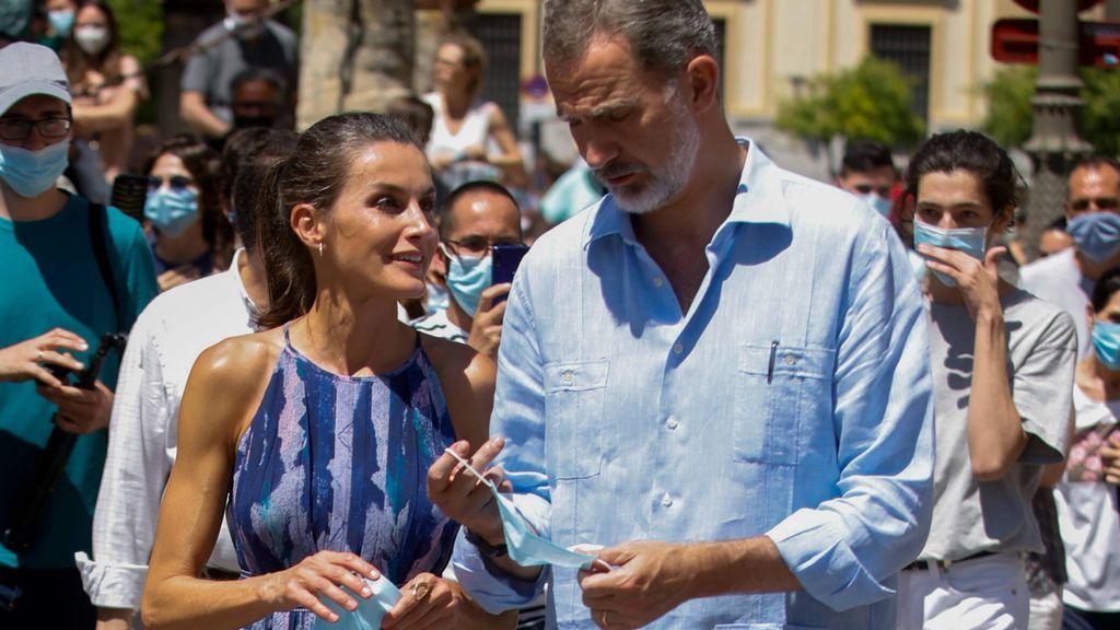 El nuevo coche de Felipe y Letizia abre un debate: 500 mil euros y blindaje extremo