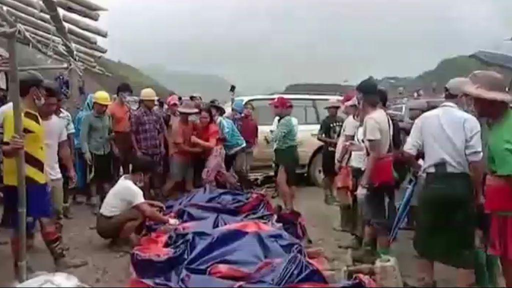 Tragedia en Birmania: 126 muertos por un deslizamiento de tierras en una mina de jade