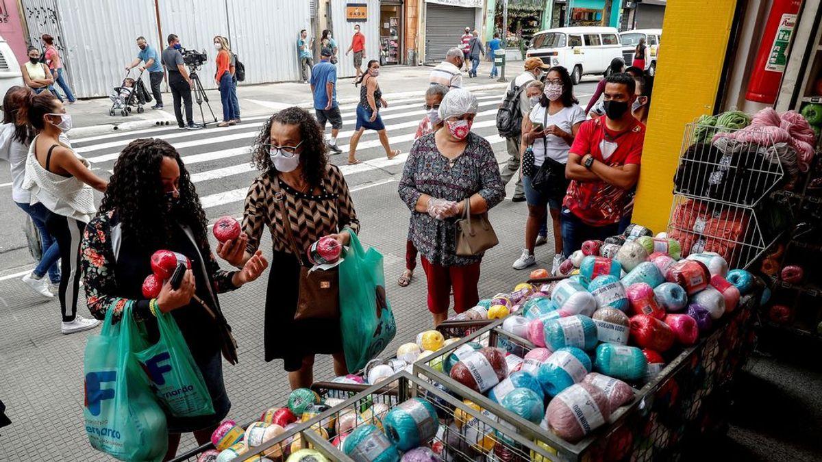 """""""Muera quien muera"""", con las UCI al 100% y la pandemia al alza, un alcalde de Brasil reabrirá el comercio"""