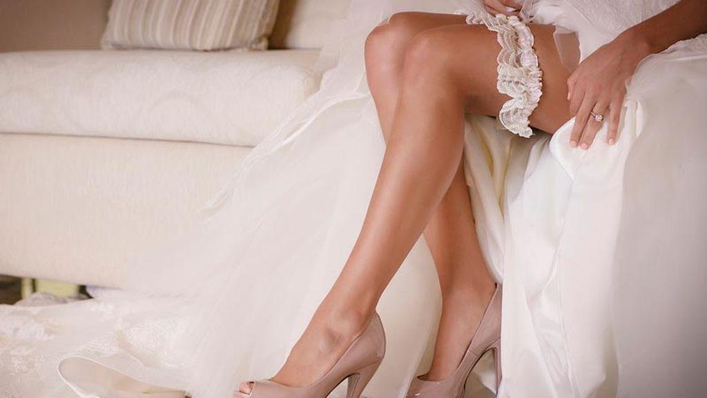 La novia deberá llevar la liga que no se quitará hasta la noche de bodas.