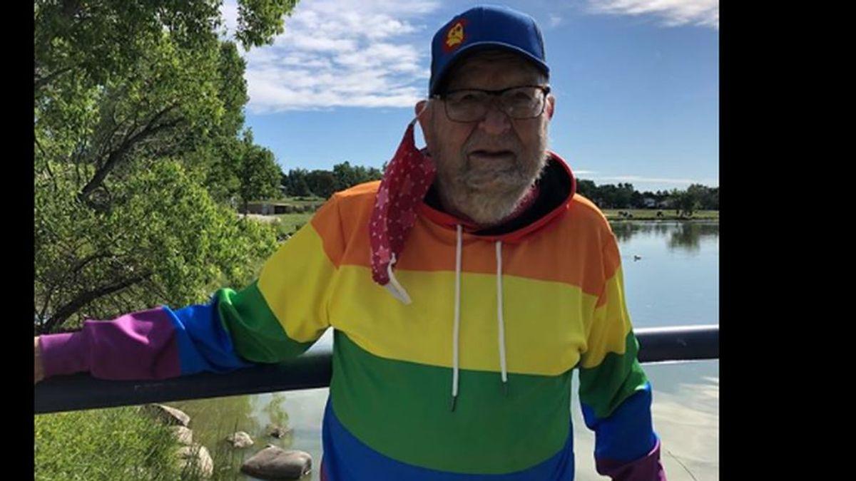 Kenneth Felts, el hombre que ha salido del armario con 90 años por un error y ahora es feliz