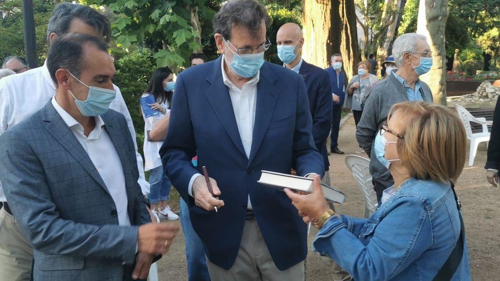 """Mariano Rajoy reclama a Sánchez """"andar con mucho cuidado"""" con su reforma laboral"""