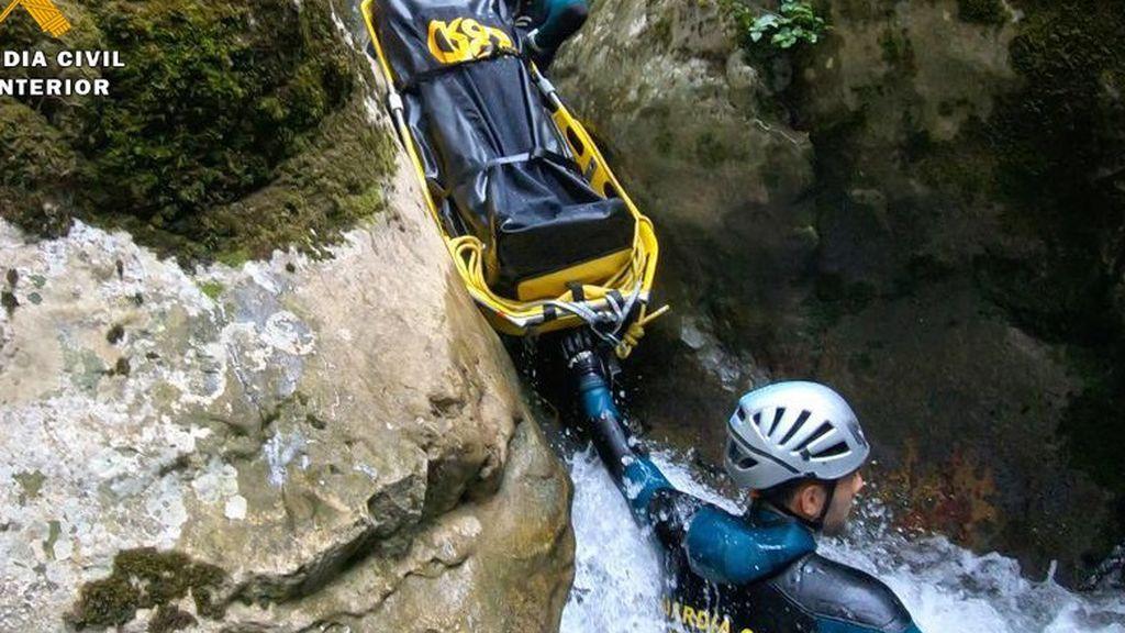 Muere una menor de 14 años en un accidente de canoa en Asturias