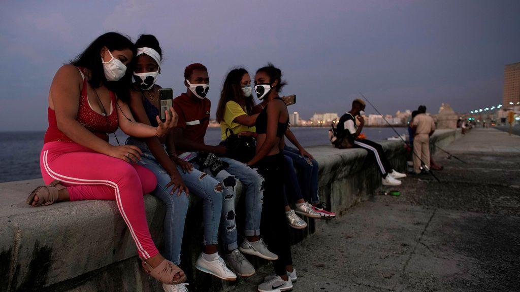 América Latina se va acercando a Europa tanto en contagios como en muertes por COVID-19