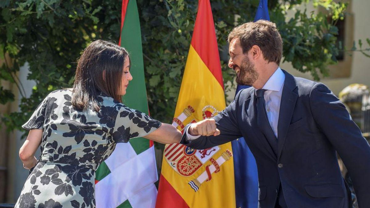 """Casado y Arrimadas piden el voto para PP+Cs a los votantes """"decepcionados"""" del PNV y PSOE"""
