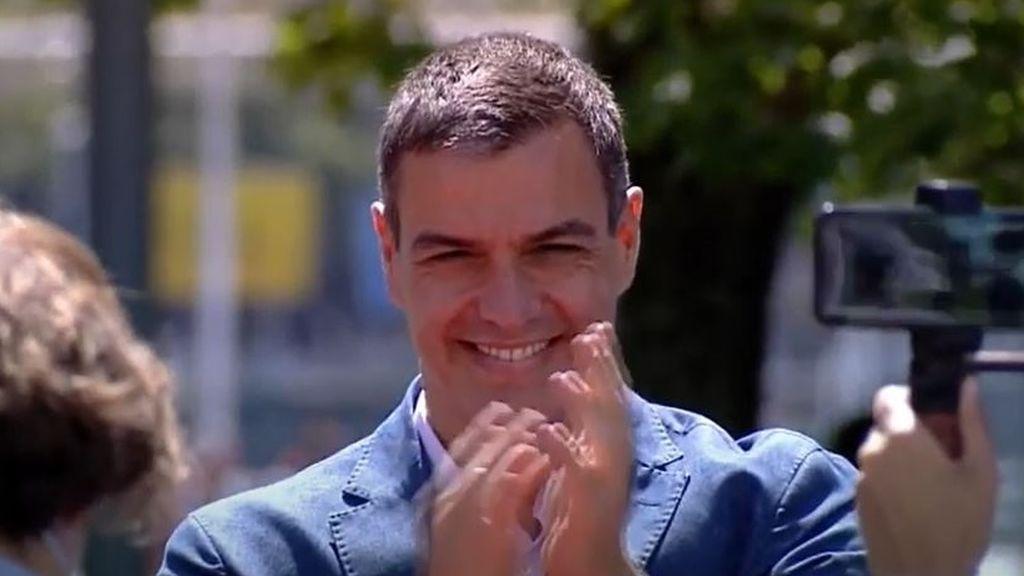 """Sánchez se compromete a reforzar un autogobierno en """"el que quepa toda la sociedad"""" en el País Vasco"""