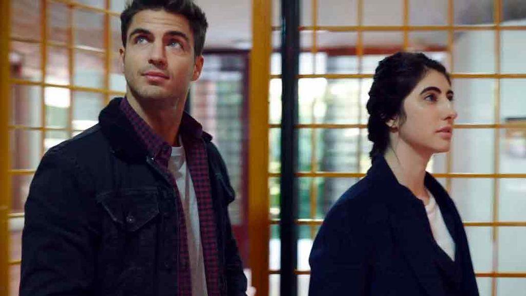 Ahora, el actor triunfa en la serie 'Desaparecidos', junto a Michelle Calvó y Juan Echanove.