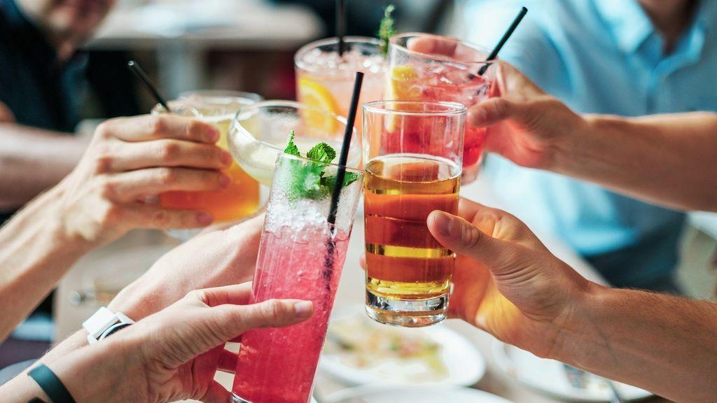Consigue enfriar bebidas rápidamente con estos trucos y consejos