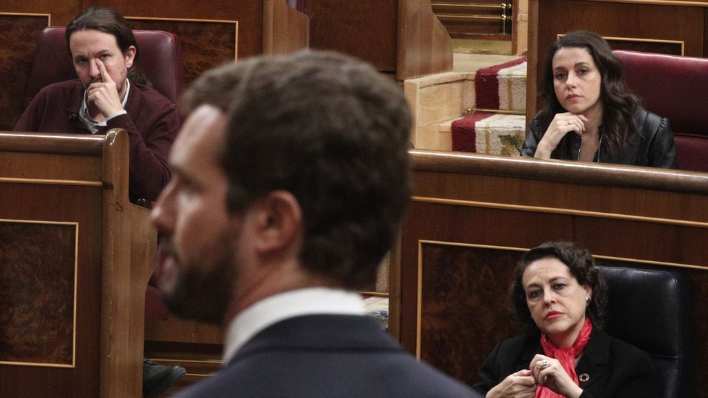 """Casado arremete contra Iglesias por el 'caso Dina'  : """"Tiene un caso de corrupción muy grave a sus espaldas"""""""