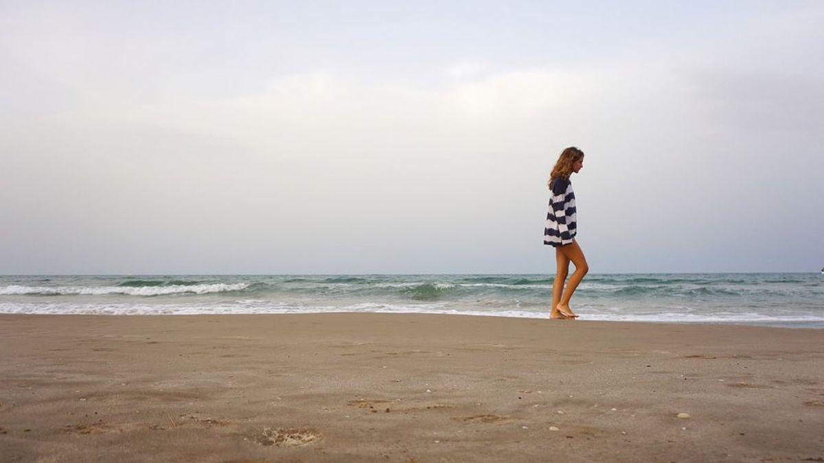 Dar paseos cortos y frecuentes por la playa es bueno para el estado de ánimo, según un estudio
