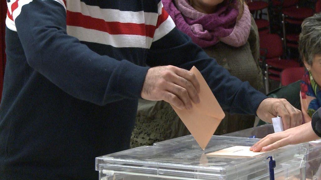 ¿Votar o no votar en pleno rebrote?: opinan los alcalde de A Mariña