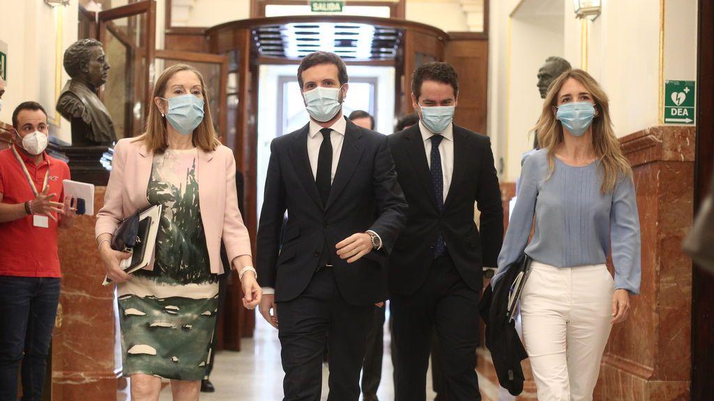 Los diez días de silencio de Álvarez de Toledo disparan los rumores de su sustitución por Ana Pastor