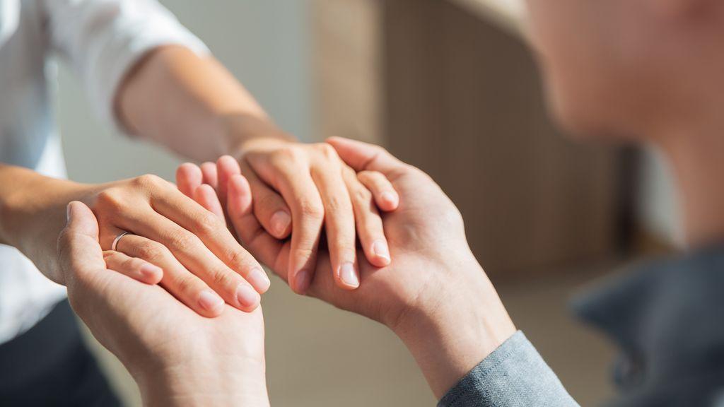 Según la ley, las mujeres que quieran someterse a este tratamiento deben estar casadas.
