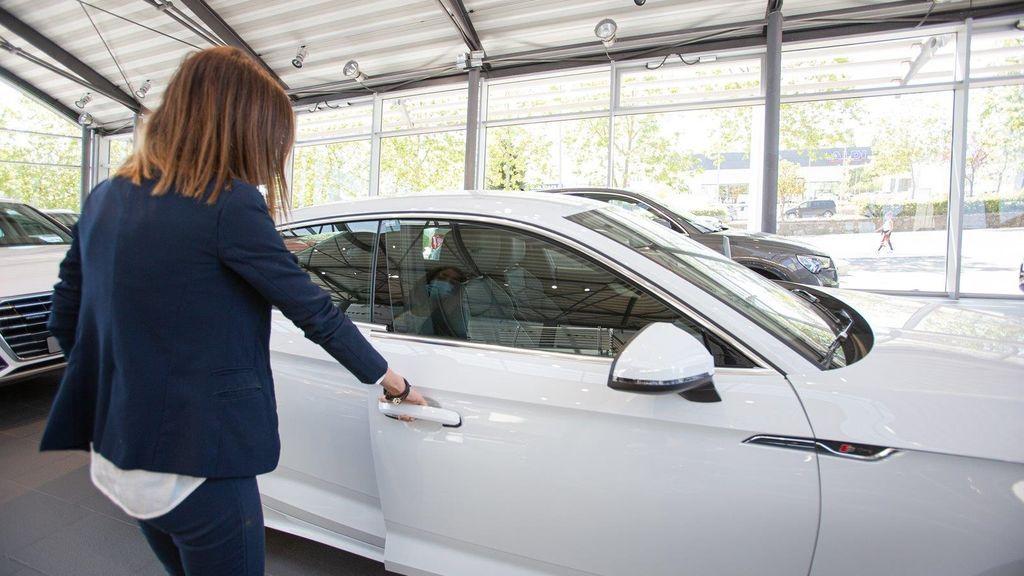 Los compradores de turismos que pidan las ayudas para un vehículo nuevo pagarán hasta 1.000 euros en el IRPF