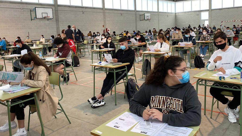 La mayoría de los alumnos han realizado el examen con la mascarilla puesta