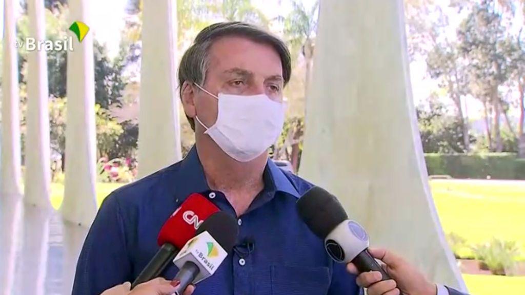 El positivo de Bolsonaro y sus polémicas con el coronavirus