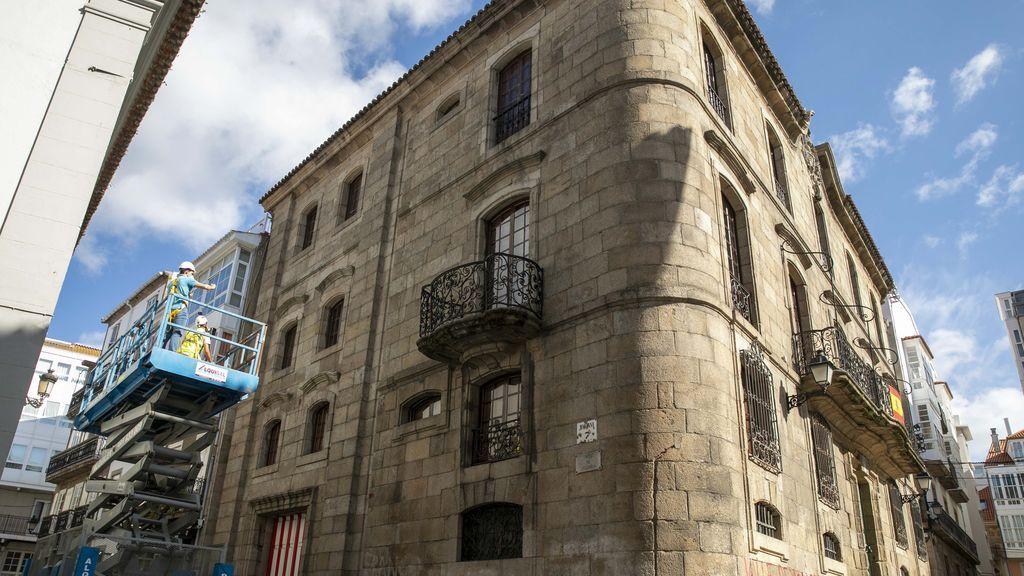 Once habitaciones y 1.430 metros cuadrados: así es la casa que la familia Franco vende en A Coruña