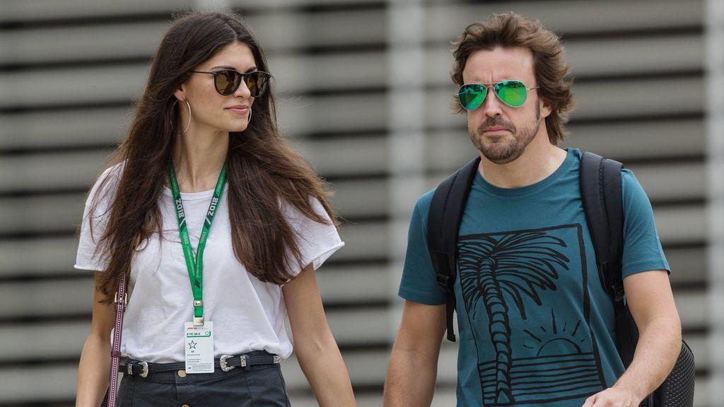 Modelo, italiana y compañera de trabajo: Linda Morselli, el apoyo de Fernando Alonso ahora que vuelve a la Fórmula 1