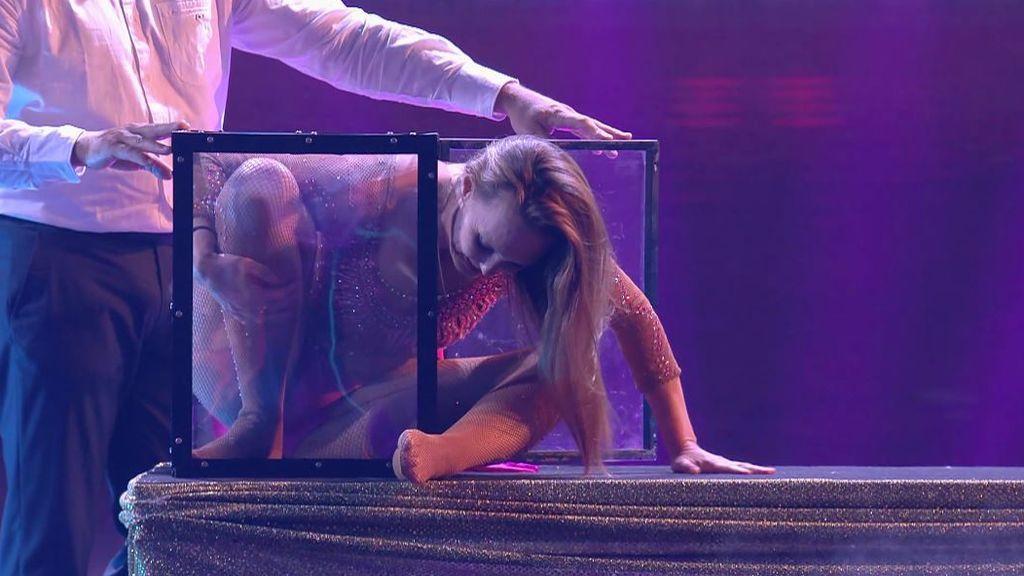 Liza en su actuación