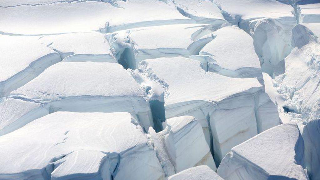 Estados Unidos y Europa alinean satélites para medir el hielo de la Antártida