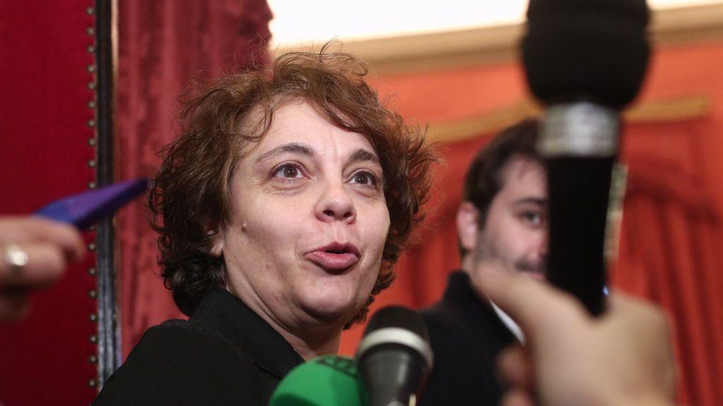La vicepresidenta tercera del Congreso, Gloria Elizo, defiende en las redes la abdicación de Felipe VI