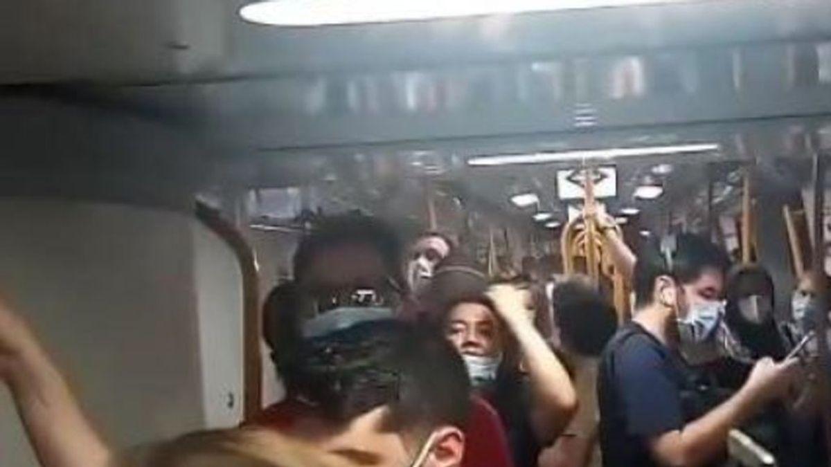 Denuncian la indefensión de viajeros encerrados en el metro de Madrid más de 15 minutos por una avería