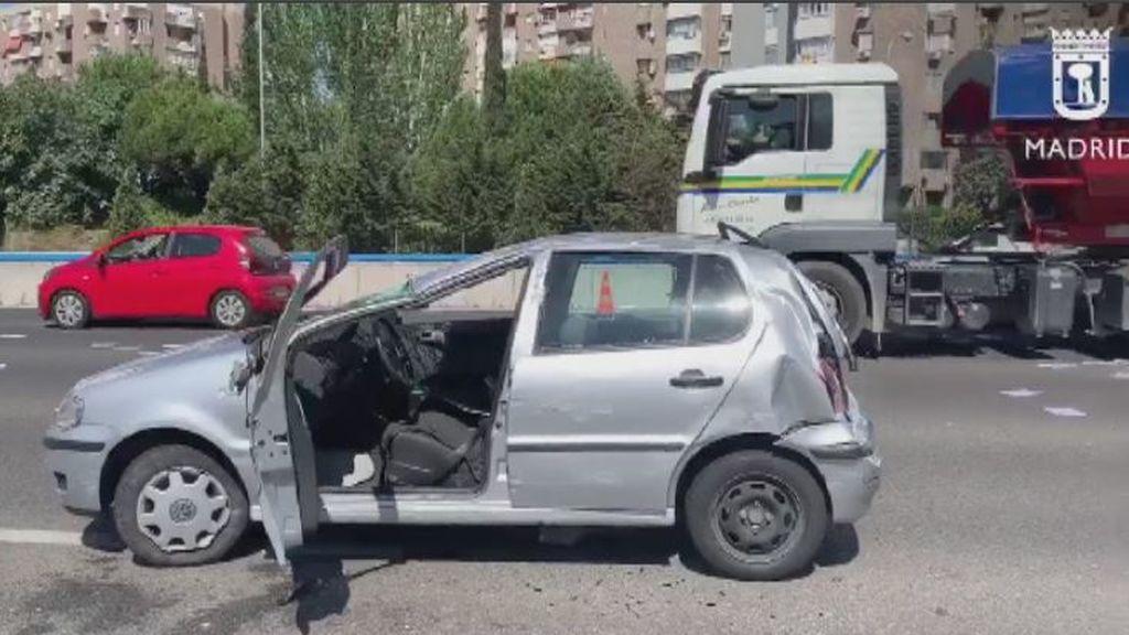 """El aviso del Samur tras un accidente en Madrid: """"Nunca hay que sacar a los heridos del interior del vehículo"""""""