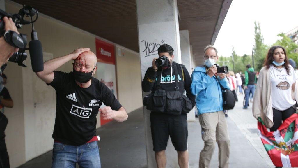Cargas policiales durante el cierre de campaña de Vox en Vitoria
