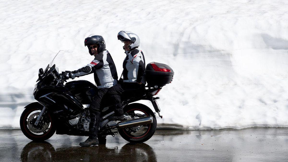 Equipado para la moto y con 40 grados
