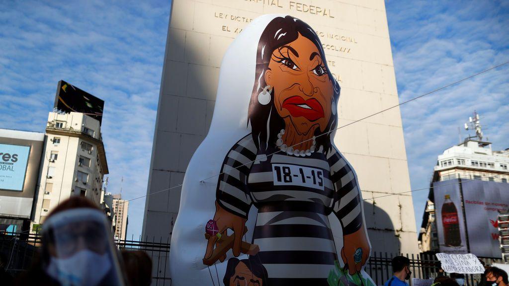 Miles de personas protestan en Argentina contra las medidas de confinamiento