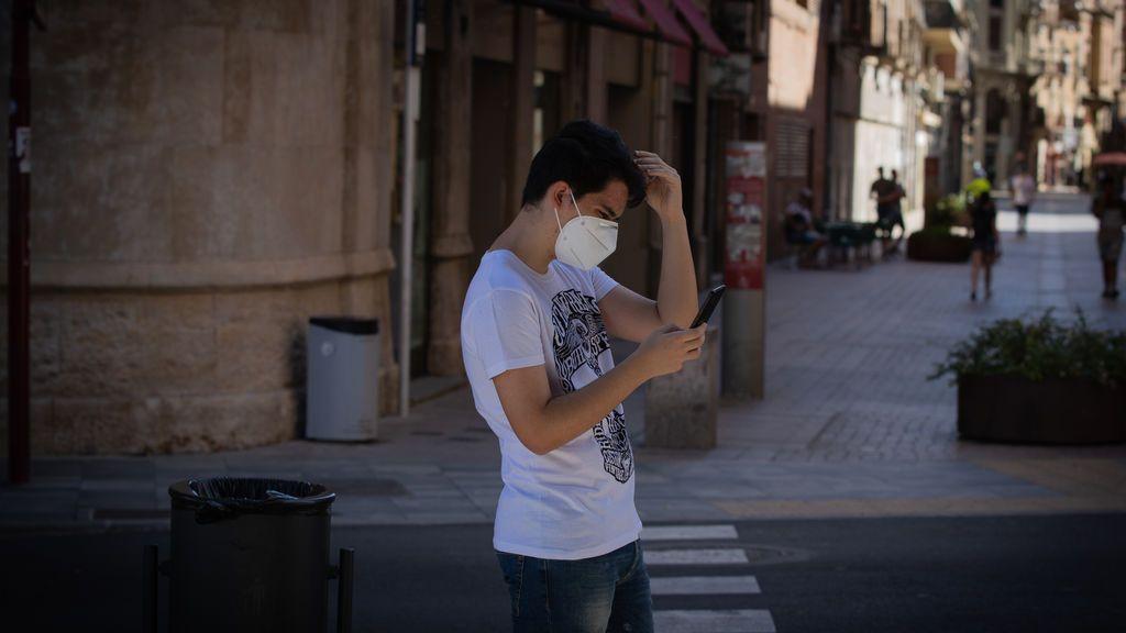 El calor atenúa el contagio de la COVID pero el factor humano está detrás de los nuevos brotes