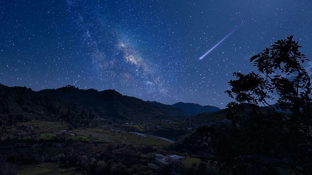 Eta acuáridas: el origen de la lluvia de estrellas que tendrá lugar a finales de julio