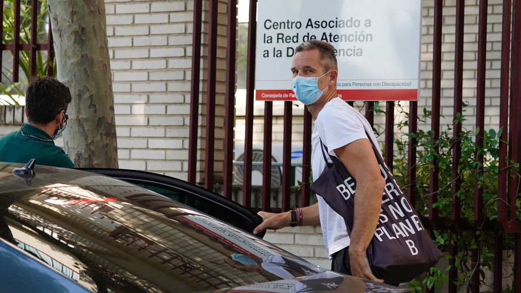 EuropaPress_3229255_inaki_urdangarin_sigue_voluntariado_hogar_don_orione_madrid_10_julio_2020