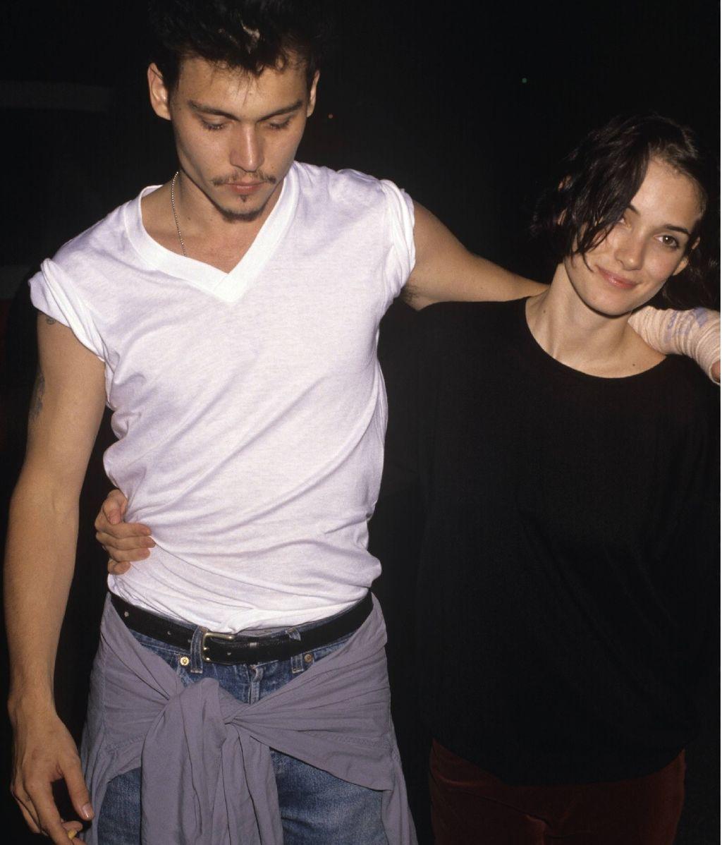 Johnny Depp y Winona Ryder, en los inicios de su relación (1990)