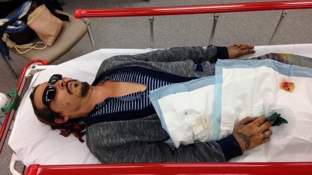 Johnny Depp, en una de las fotografías presentadas como prueba en su juicio con Amber Heard