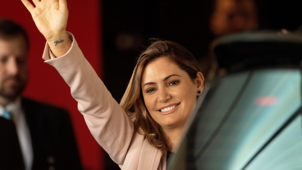Primera dama de Brasil da negativo para COVID-19