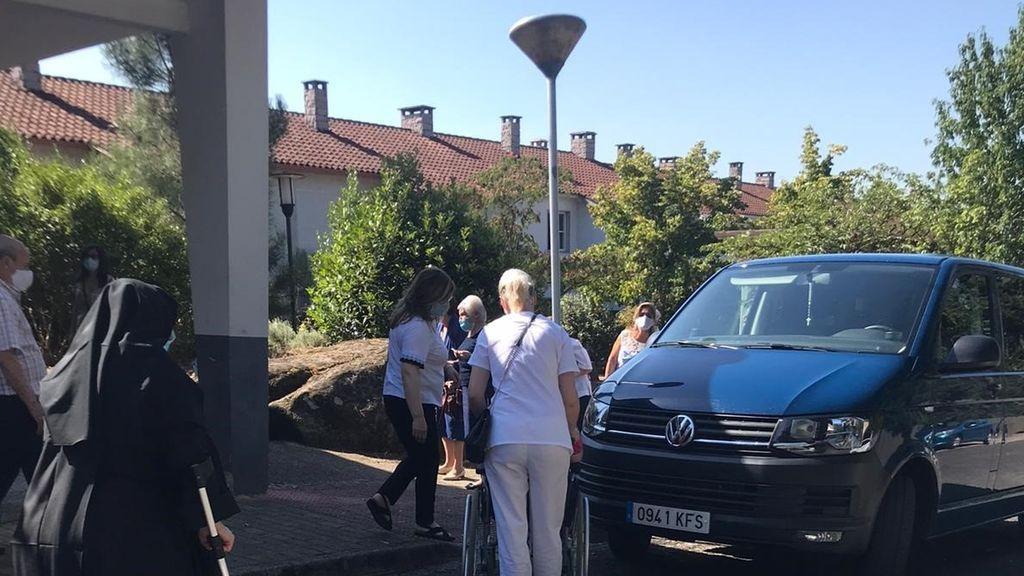 BNG denuncia el traslado de mayores a un colegio electoral en Ourense pese a tener prohibidas las visitas