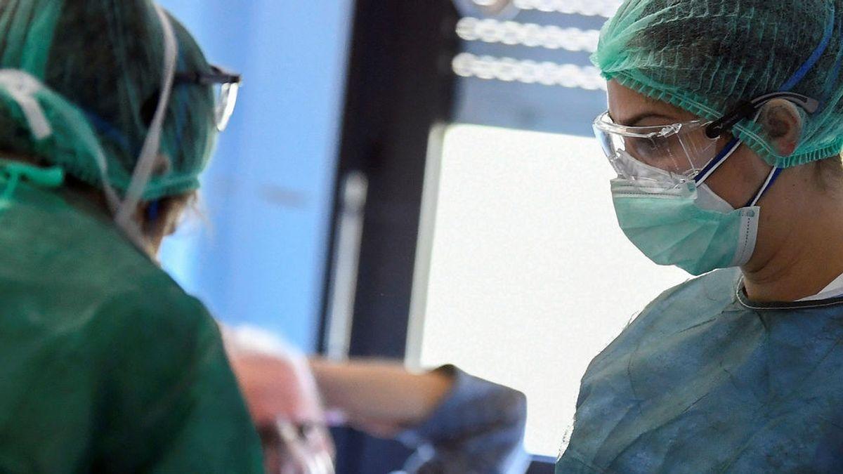 """Un enfermero advierte del peligro de relajarnos ante el coronavirus: """"No ha desaparecido por arte de magia"""""""