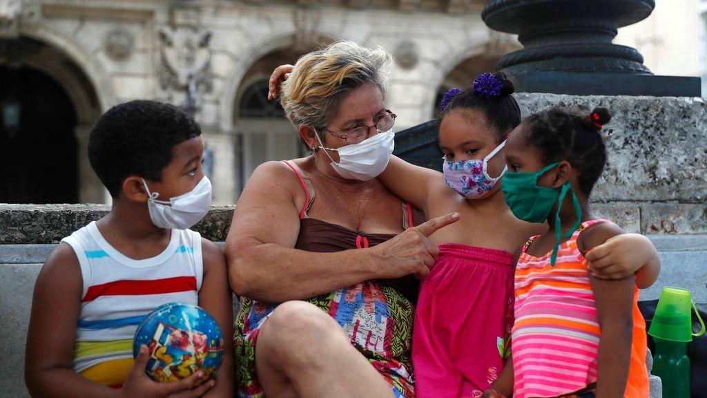Cuba reporta otros 6 casos de COVID en La Habana, relacionados con brotes