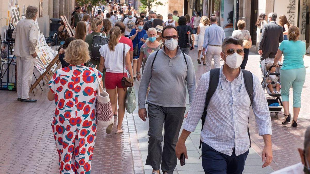 El 73% de los españoles cree que hay que multar a quienes no lleven mascarilla al aire libre
