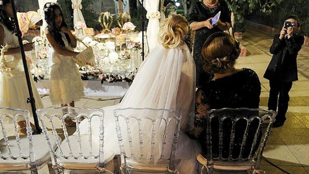 Una boda desata una docena de contagios de coronavirus  y la muerte de los padres de los novios