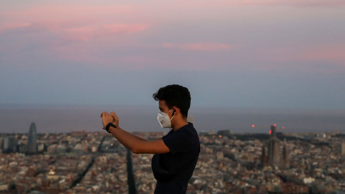 Barcelona triplica los casos en una semana y reconoce 24 brotes