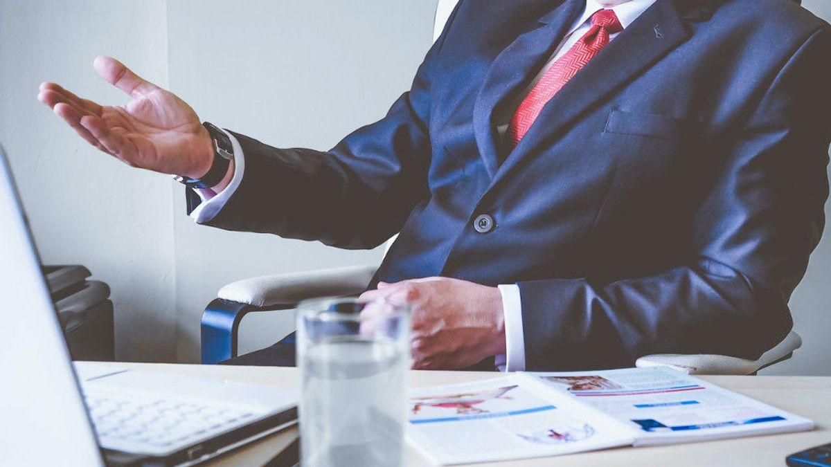 Seis consejos para adaptar tu currículum si buscas trabajo a partir de los 45 años