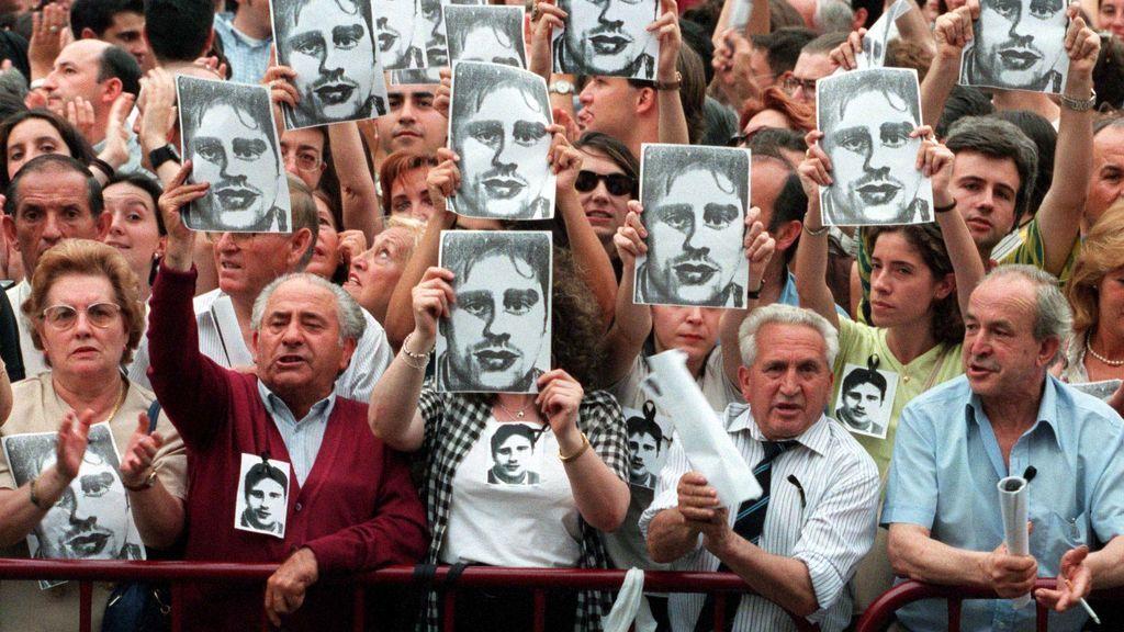 23 años del asesinato de Miguel Ángel Blanco por ETA y la juventud vasca lo confunde con un futbolista